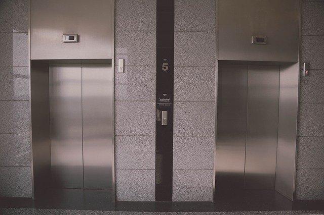 como es un proyecto de instalacion de ascensor